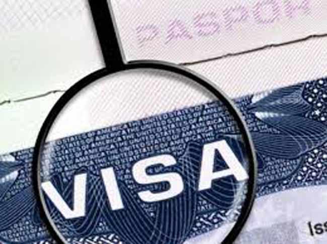 Европейский Союз может ввести визы для граждан США и Канады