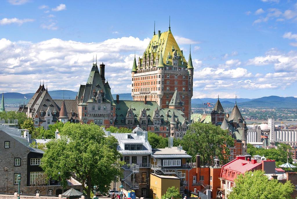 Квебек в 2017-2018 гг. не будет увеличивать число новых иммигрантов до 60 000