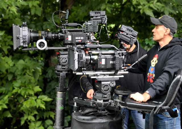 Канада упростила иностранцам устройство на работу в киноиндустрии и на телевидении