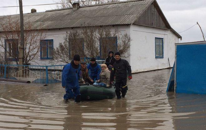 Пострадавшие от наводнения поляки, живущие в Казахстане, смогут переехать в Польшу