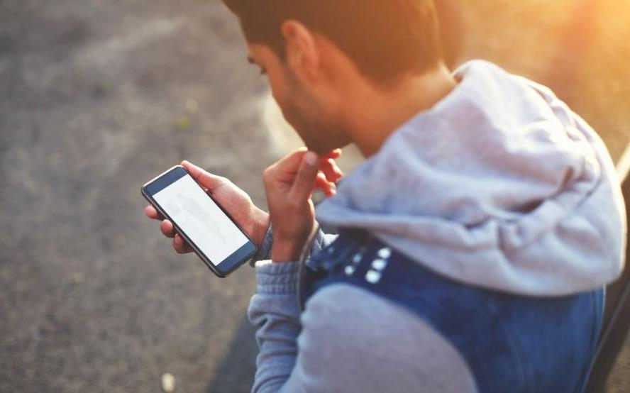 В Польше вводится обязательная регистрация личных данных владельцев мобильных номеров