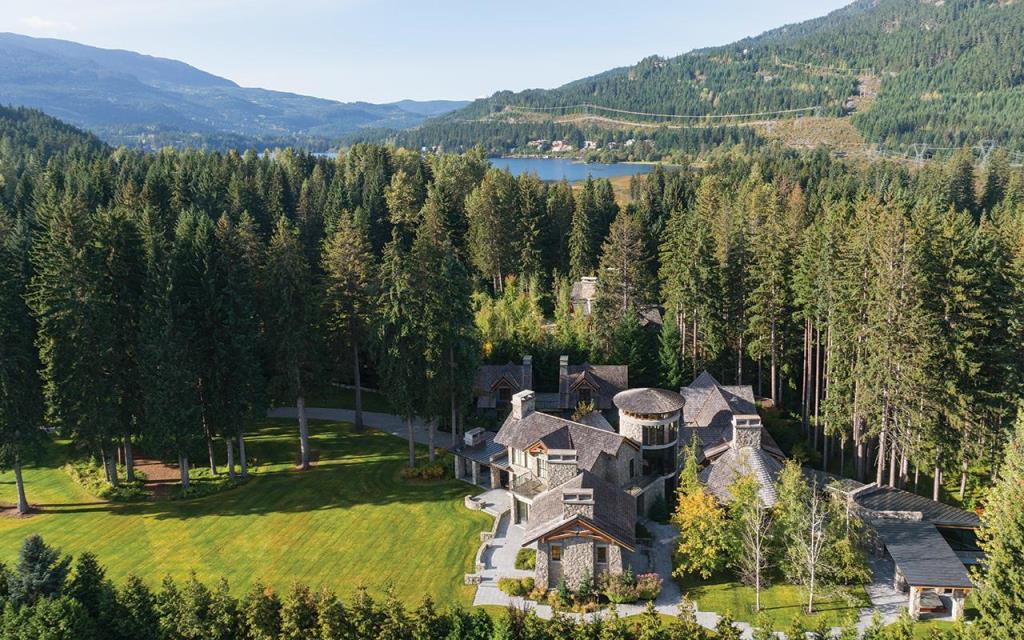 Иностранцы покупают четверть элитной недвижимости в Канаде