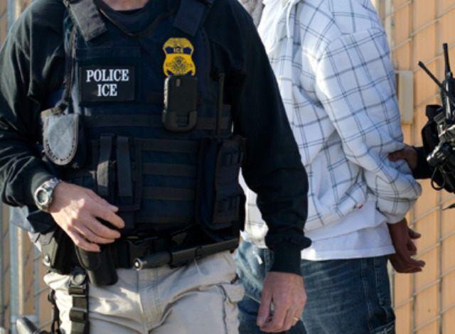 В США в прошлом году выпустили из тюрем 20000 иммигрантов-преступников