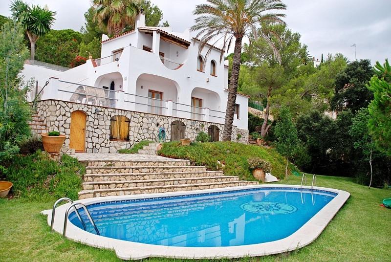 Снять коттедж в испании на берегу моря цены