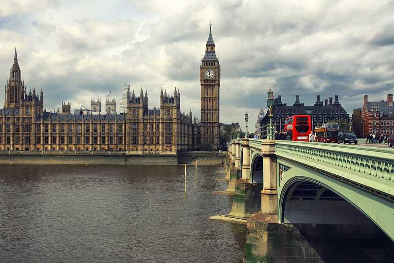 Великобритания намерена упростить иммиграцию IT-специалистов из-за пределов ЕС