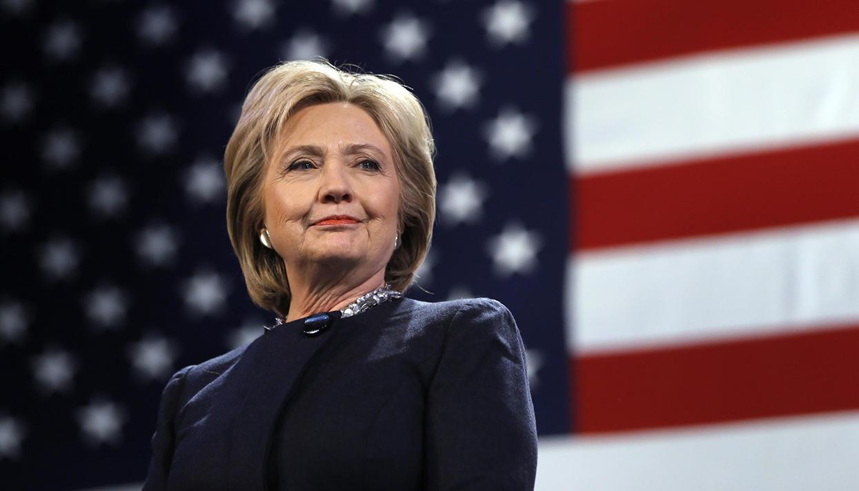 """Хиллари Клинтон предлагает ввести """"стартап визы"""" и льготы по студенческим кредитам"""