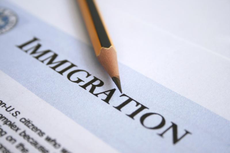 Иммиграционные сборы в США могут увеличиться к осени