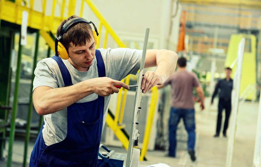 Безработица в Польше снизилась до рекордного минимума за последние 25 лет
