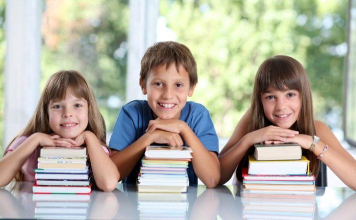 Польша выплачивает школьные стипендии детям из малообеспеченных ...