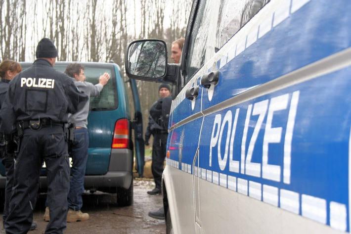 В 2016 г. в Германии арестованы свыше 900 человек, подозреваемых в контрабанде людьми