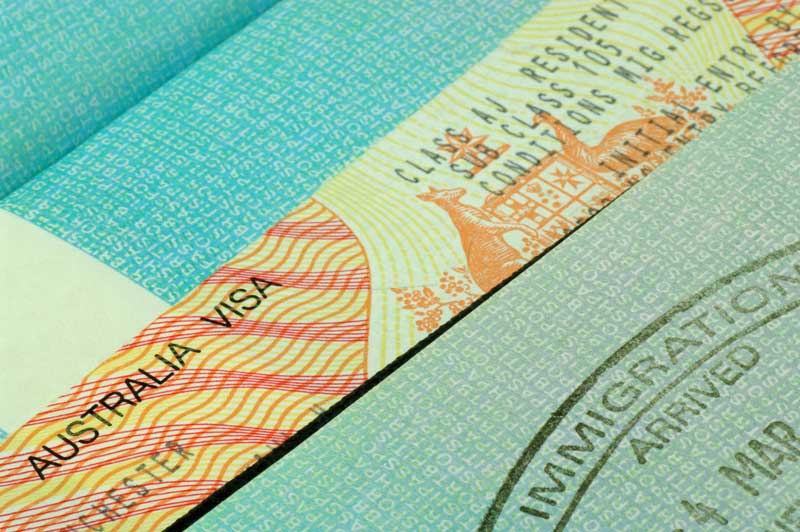 Австралия выделила 100 млн. долларов на усиление визовых проверок