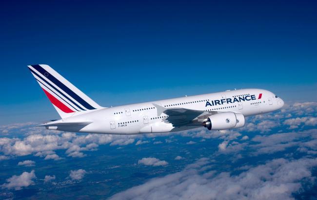 Авиакомпании мира возобновляют перевозки в США граждан стран, попавших под запрет указом Трампа