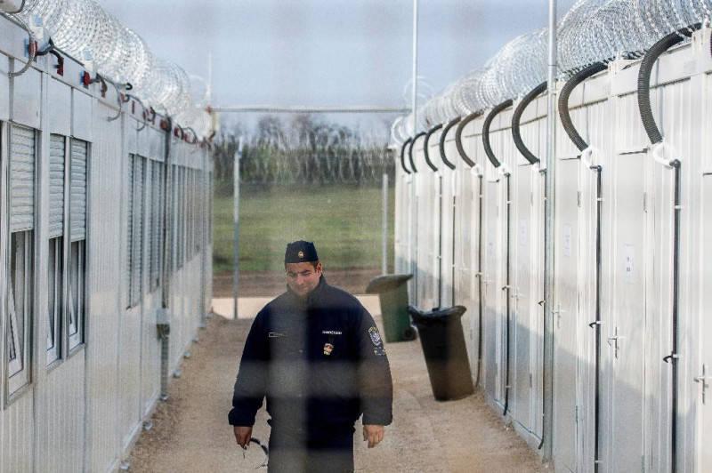 ООН призывает не направлять беженцев в Венгрию