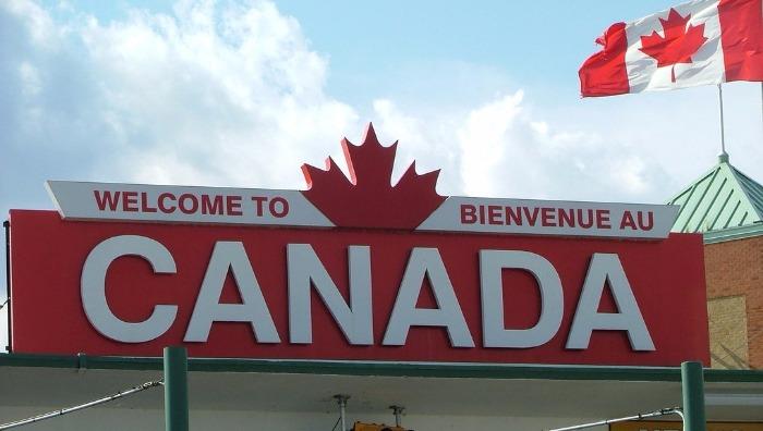 Более 90% канадцев считают, что правила для беженцев должны измениться