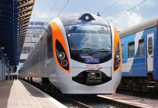 С 1 августа 2017 г. отправится в первый рейс поезд Львов-Краков