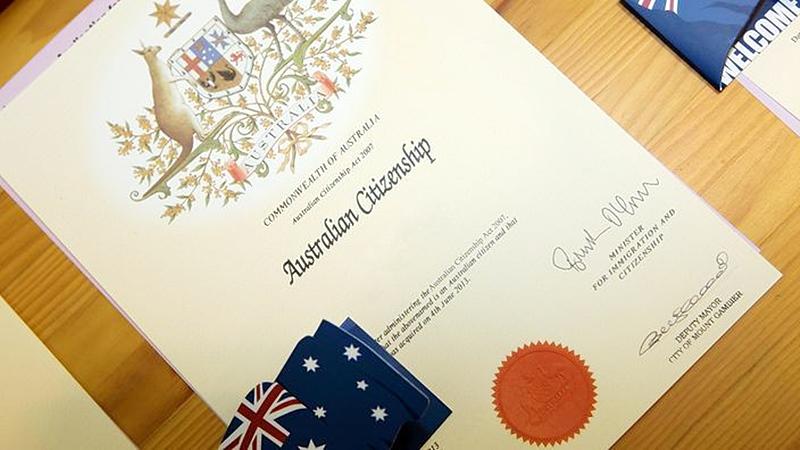 Время ожидания австралийских виз или гражданства может увеличиться из-за сокращения персонала иммиграционной службы