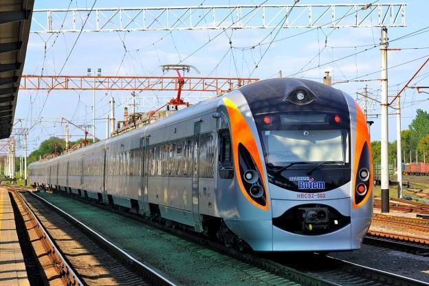 «Укразализныця» в августе запустит еще один поезд из Киева в Пшемышль