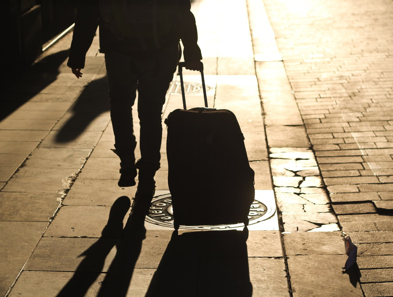 В ближайший год 12% граждан Украины собираются уехать за границу на заработки