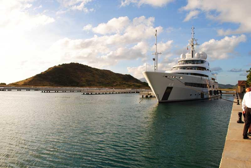 Россия и Сент-Китс и Невис подписали соглашение об отмене виз