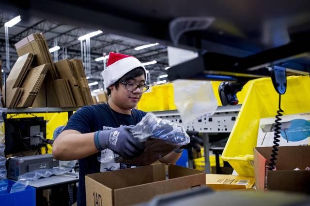 Amazon планирует привлечь более 120 000 сезонных работников перед Рождеством