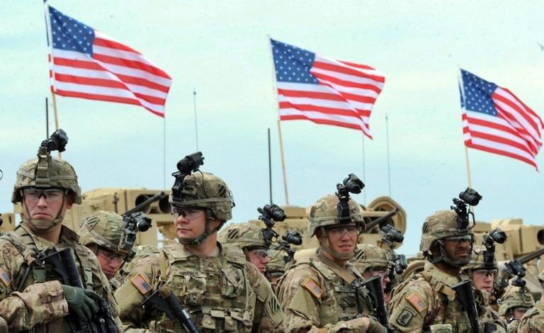 В США запретили брать на службу в армию держателей грин-карт