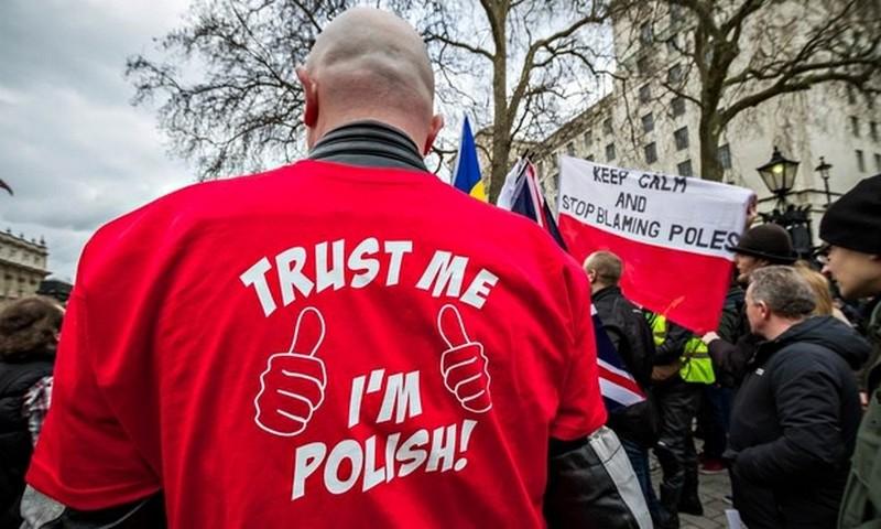 Больше половины польских эмигрантов не планируют возвращаться в Польшу