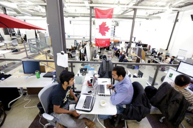 Новая иммиграционная программа помогает Канаде в глобальной войне за high-tech таланты