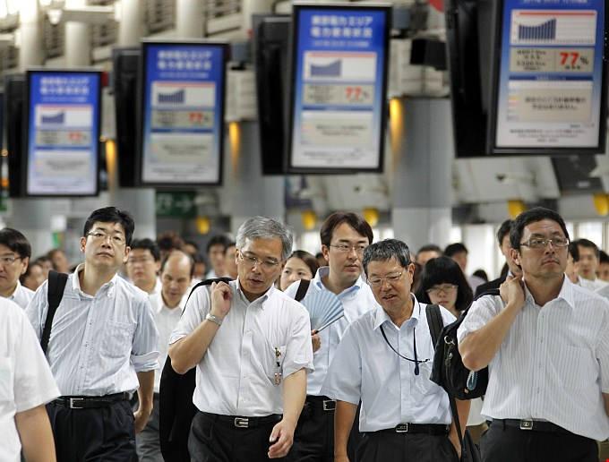 Япония не собирается смягчать иммиграционные правила