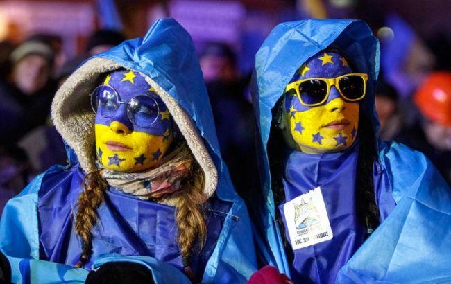 Украинцы лидируют по числу полученных видов на жительство в странах ЕС