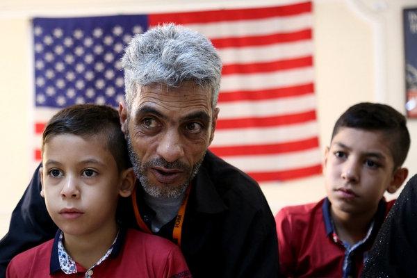 В США частично заблокирован указ Трампа о запрете приема беженцев