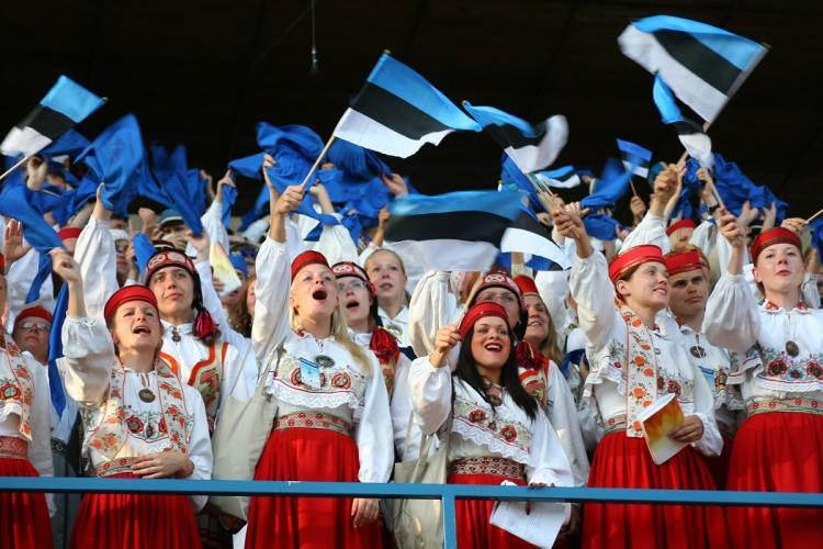 Население Эстонии увеличивается 3 года подряд благодаря иммиграции