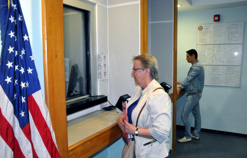 Посольство США в Минске после 10-летнего перерыва возобновляет выдачу всех типов виз гражданам Беларуси