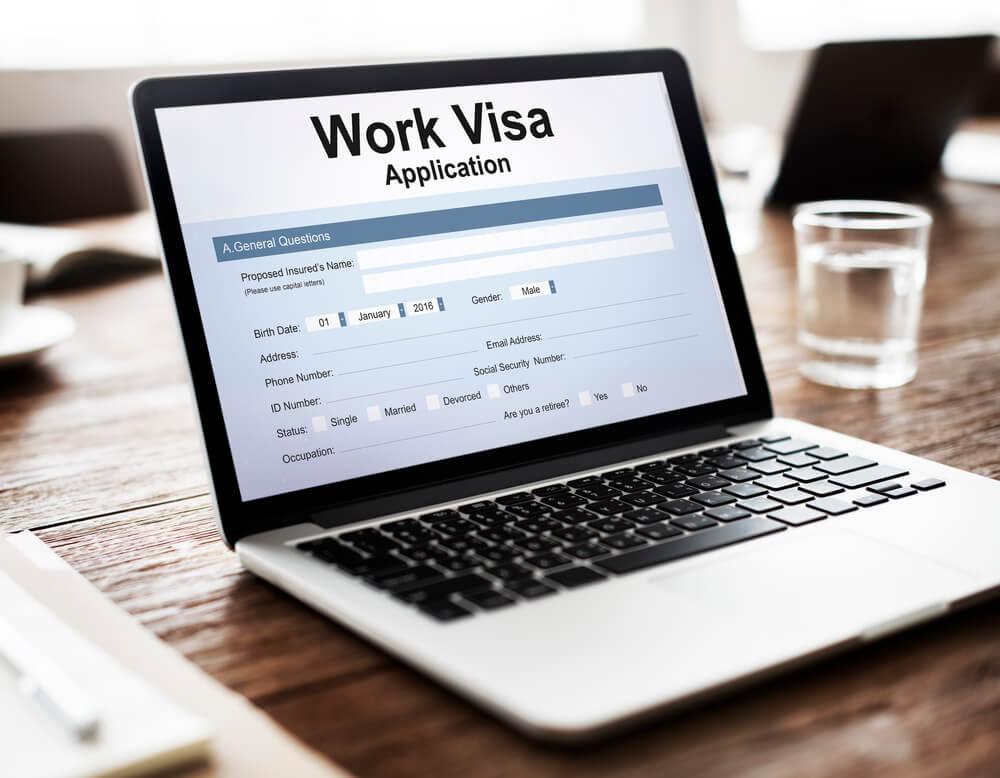 Больше всего заявок на американские рабочие визы H-1B одобрено в Нью-Йорке