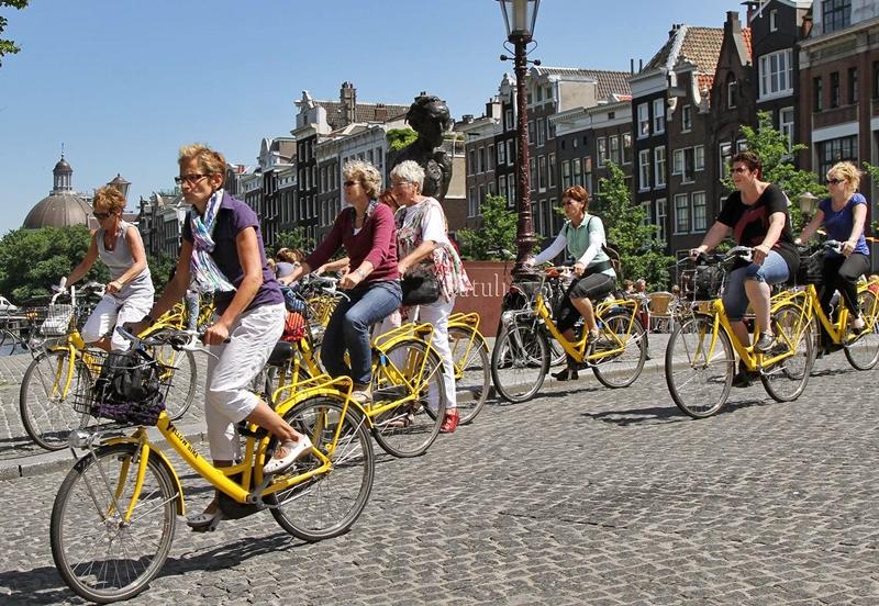 В Нидерландах могут доплачивать за поездки на работу на велосипеде