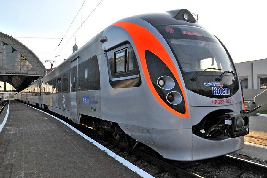 Укрзализныця планирует запустить поезд по маршруту «Мукачево-Будапешт» до конца лета