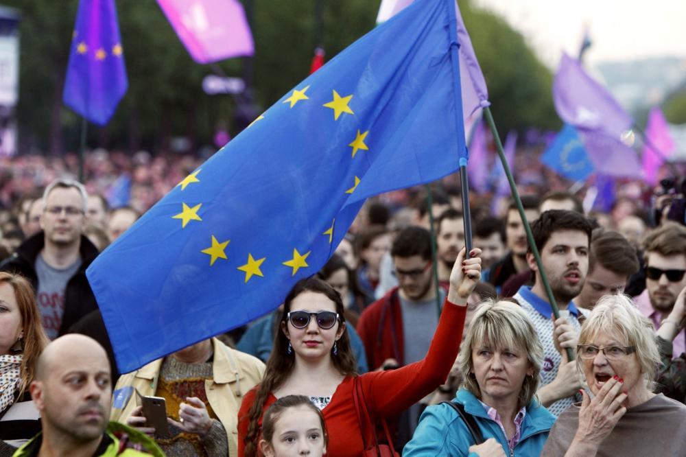 Численность населения Евросоюза превысила 512 млн. человек