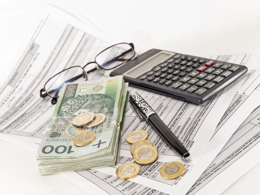 Польша собирается ввести выездной налог