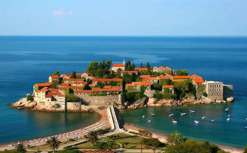 Черногория будет предоставлять гражданство инвесторам
