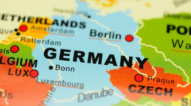 Правительство Германии хочет существенно облегчить поиск работы иностранцам из-за пределов ЕС