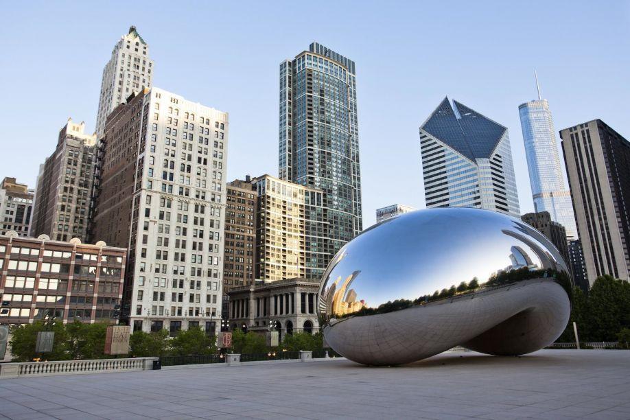 Чикаго планирует выплачивать своим малоимущим жителям по 500 долларов в месяц