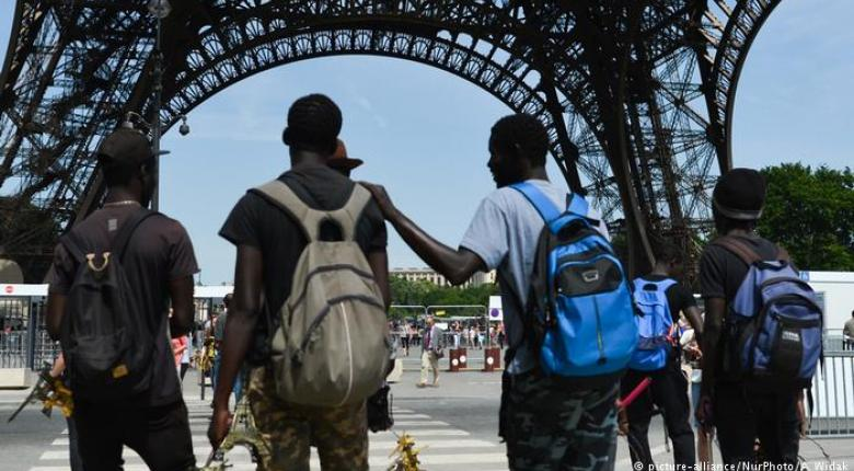 Франция приняла новый закон о предоставлении убежища