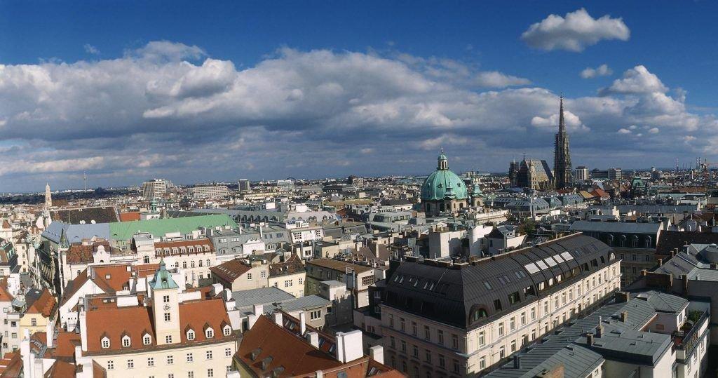 Вена возглавила рейтинг лучших для жизни городов
