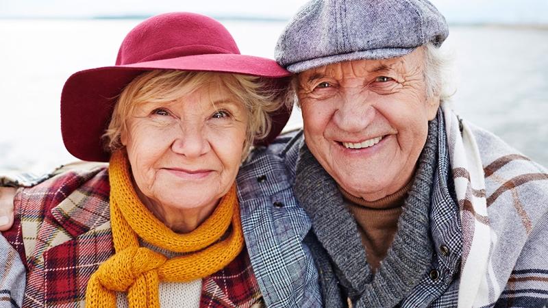 Канада прекращает действие лотерейной программы спонсирования родителей, бабушек и дедушек