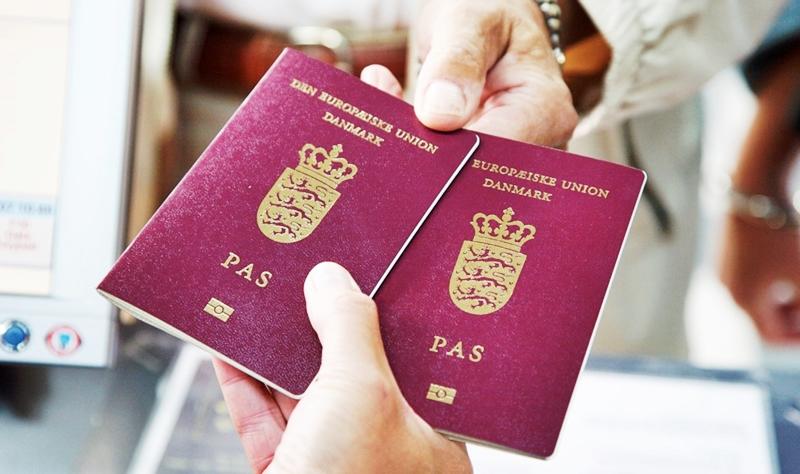 Плата за гражданство Дании повысится в 3 раза с введением обязательного пожатия руки чиновнику
