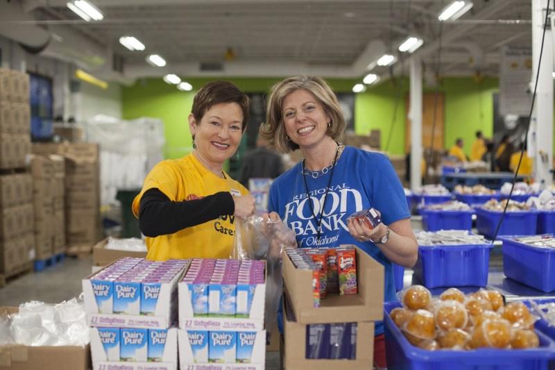 В Торонто продовольственные банки начали кампанию по сбору пожертвований ко Дню Благодарения
