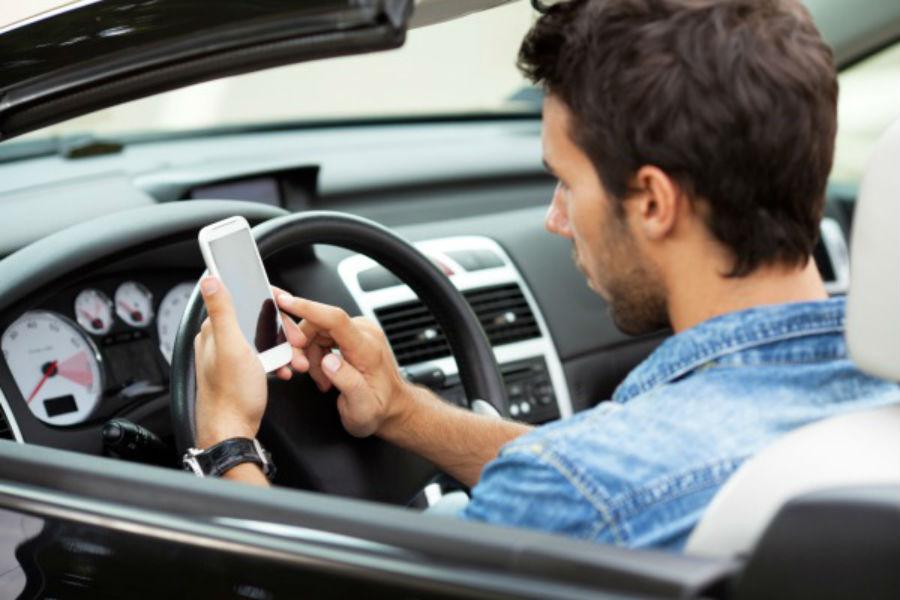 Дания вводит цифровые водительские права