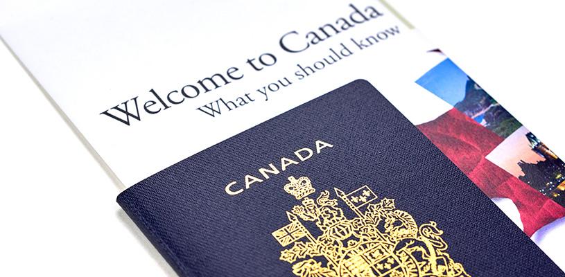 Облегченные правила получения гражданства Канады привели к значительному увеличению числа новых граждан