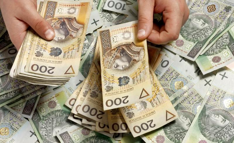 В польских компаниях повысилась средняя зарплата