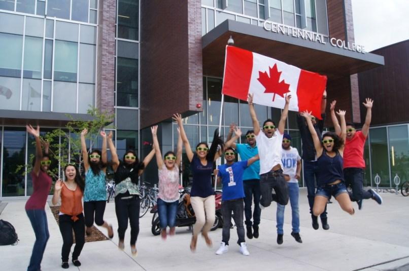 Канада становится еще более привлекательной для иностранных студентов
