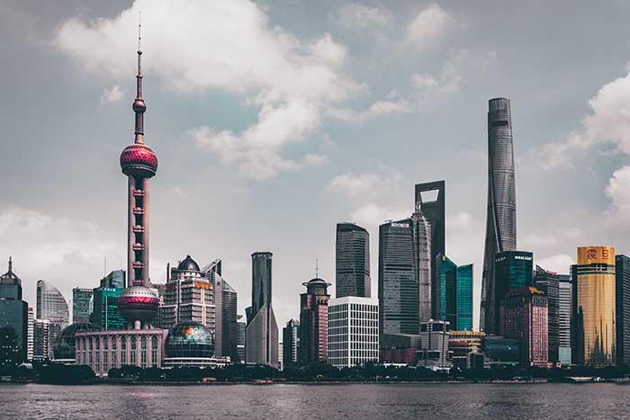 В Китае призывают бойкотировать продукцию известной канадской фирмы